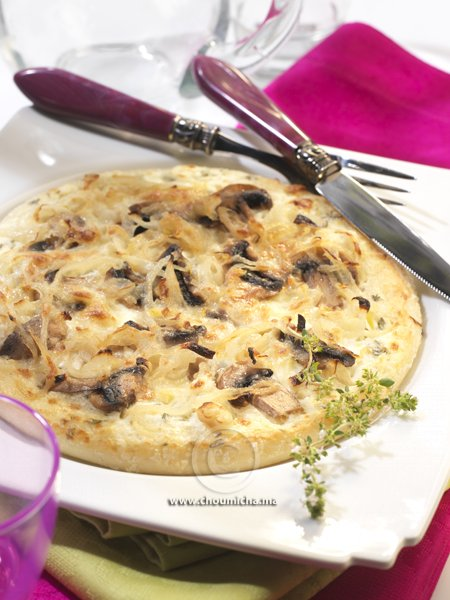 Recette Pizza Sauce Blanche Aux Oignons Et Champignons De Paris